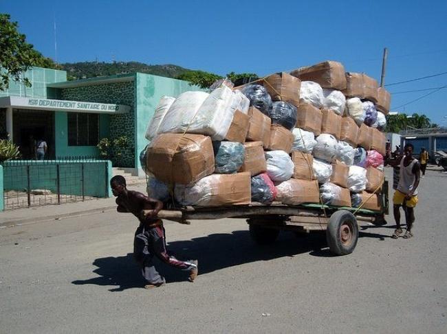 حمل بار در هایتی