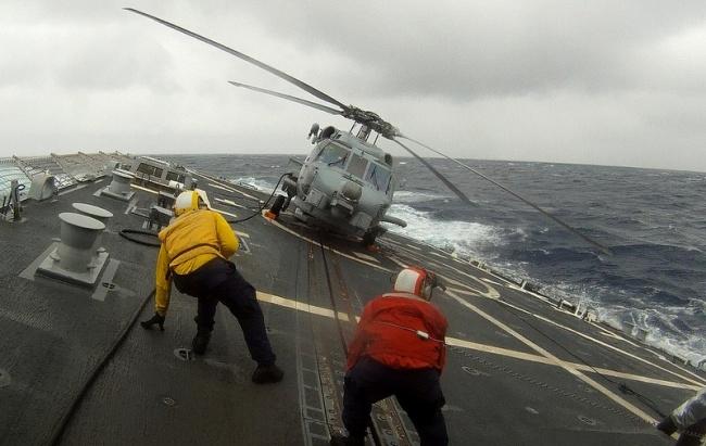 خدمه ناوبرهای هوایی در طوفان