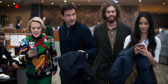 kate-mckinnon-jason-bateman-tj-miller-olivia-munn-office-christmas-party-w700