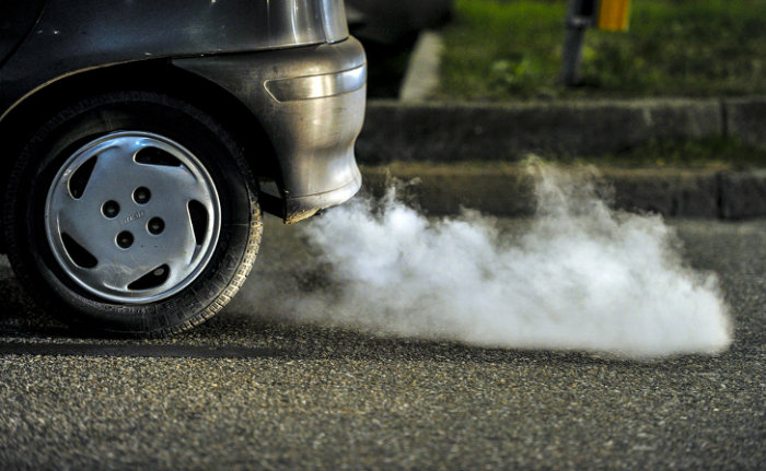 cars-cause-air-pollution-w700