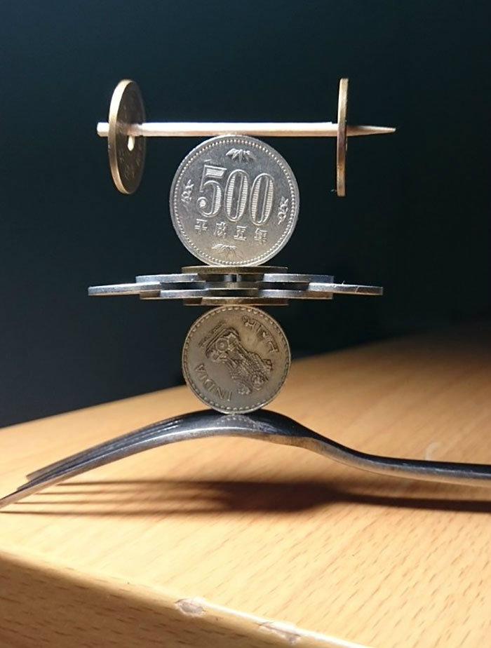 coin-stacking-gravity-thumbtani-japan-18-w700