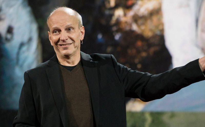 سخنرانی های TED: از تلاش برای کشف دایناسورها تا فرصتی که انسان برای دگرگونی سرنوشت خود دارد