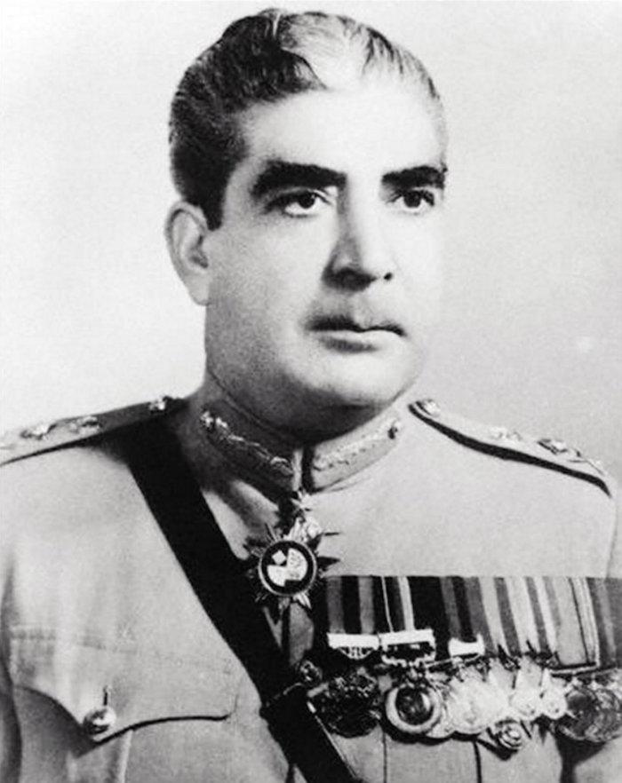 yahya-khan-pakistan-1969-1971-w700