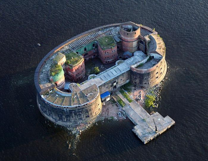 قلعه اسکندر - سن پترزبورگ، روسیه