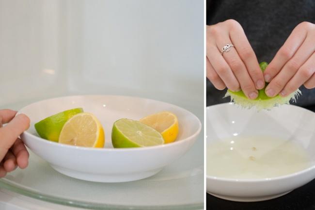 اگر به هر دلیلی به دستگاه آب لیموگیری (آب پرتقال گیری) دسترسی ندارید، می توانید آب لیموهایی که برای آشپزی نیاز دارید را با دست بگیرید. برای این منظور فقط کافی است میوه را یک تا دو دقیقه درون مایکروفر قرار دهید تا گرم شود، سپس آن را از وسط دو قاچ کرده و فشار دهید تا تمامی آب آن گرفته شود.