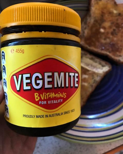 عادات غذایی عجیب استرالیایی ها | وجمیت برای صبحانه