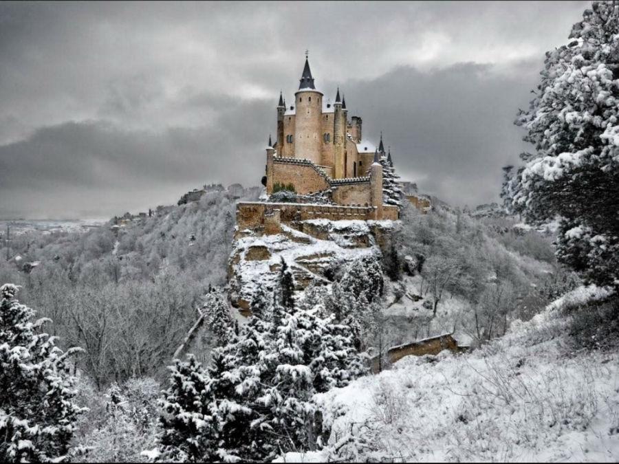 قلعه در شهر سگوویا - اسپانیا
