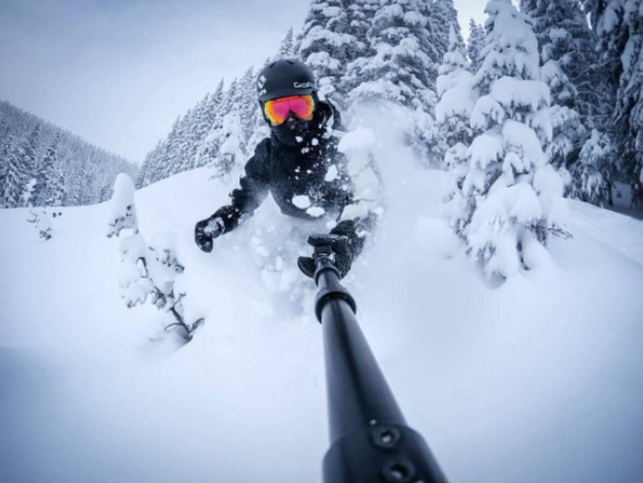 gopro-snowboardselfie