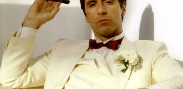 scarface-al-pacino-white-suit-w750