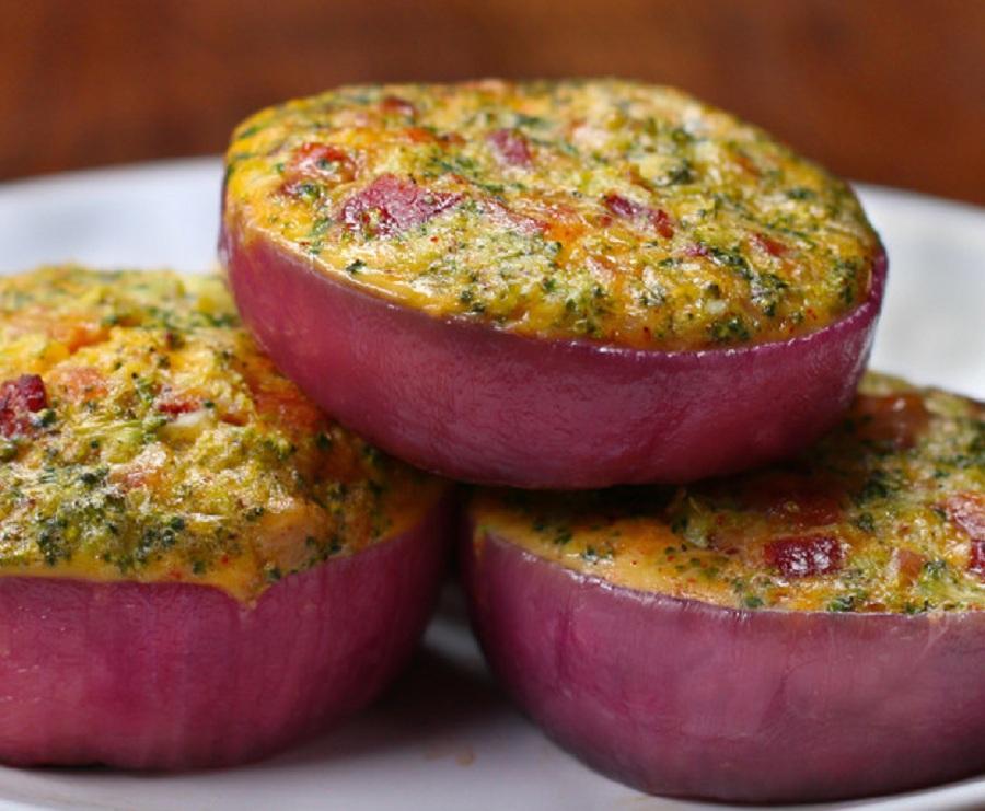 خوشمزه روز: طرز تهیه کاسه سبزیجات با پیاز [تماشا کنید]