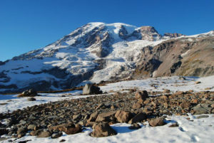 18-25-Most-Treacherous-Hiking-Trails-in-the-World-Mt.-Rainier's-Muir-Snowfield-Washington-State-w900-h600