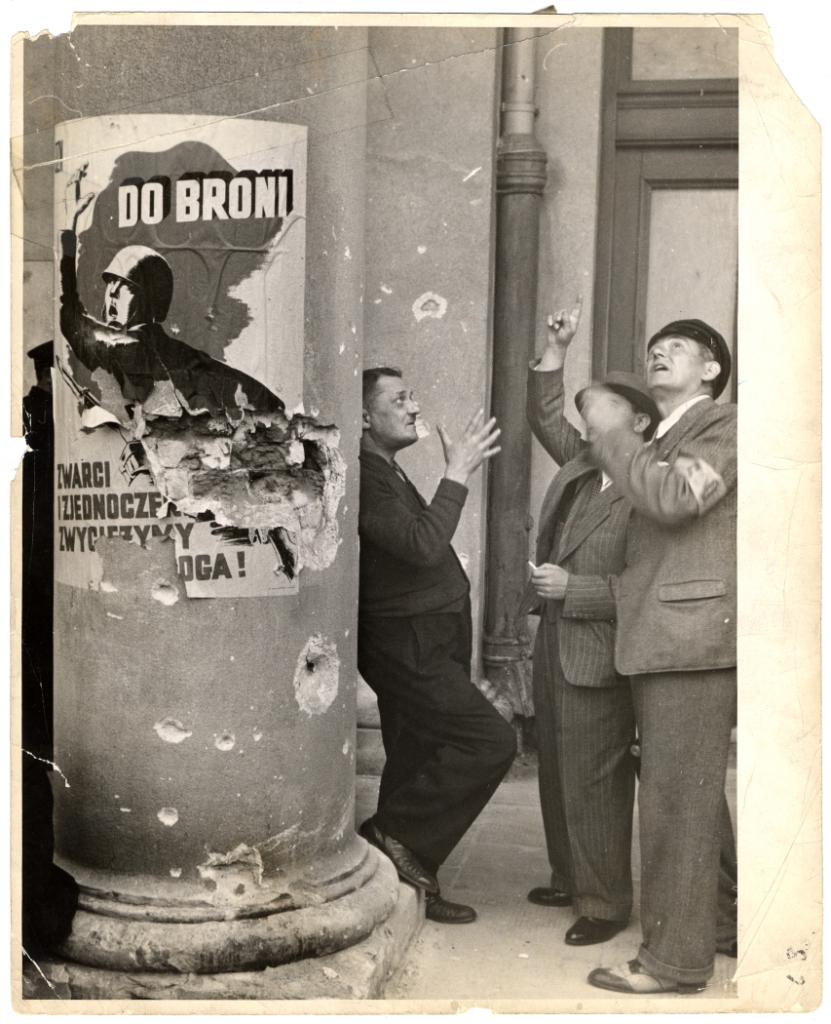 جولیان برایان، ورشو - 1939