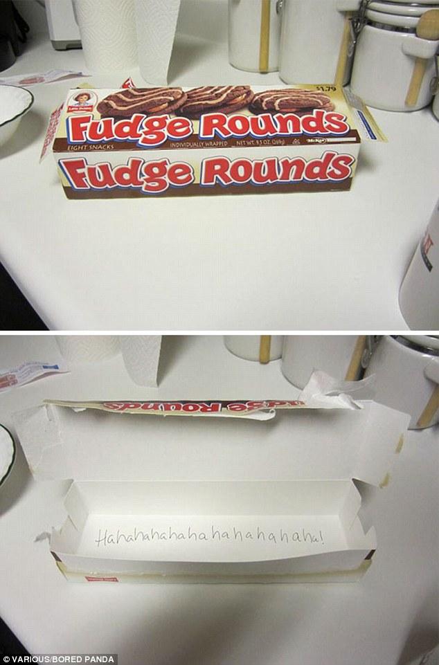 خانم بارداری که حسابی اشتهایش باز شده بوده، همه کیک ها را خورده و جعبه خالی آن را برای همسرش گذاشته تا برای صبحانه میل کند.