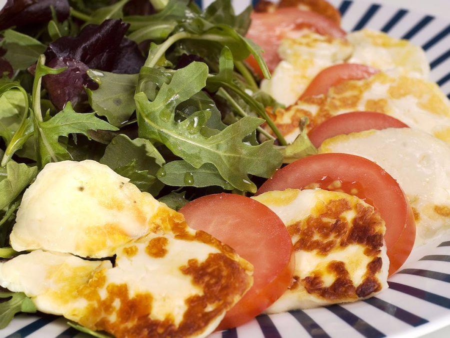 تور نوروزی اروپا | لذیذترین غذاهای یونانی | هالومی