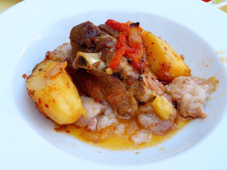 تور نوروزی اروپا | لذیذترین غذاهای یونانی | کلفتیکو