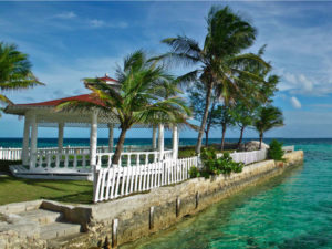 7-bahamas--7363-the-caribbean-state-of-the-bahamas-faces-the-same-problem-as-many-island-nations-that-imports-far-outstrip-exports-pushing-up-the-price-of-goods-w900-h600