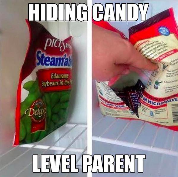 8- برای مخفی نگه داشتن خوراکی های خوشمزه و شکلات ها، آنها را درون بسته بندی سبزیجات یا خوراکی هایی قرار دهید که فرزندتان دوست ندارد و هرگز سراغش نمی رود.