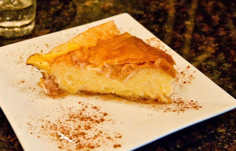 تور نوروزی اروپا | لذیذترین غذاهای یونانی | کالاکتوبورکو