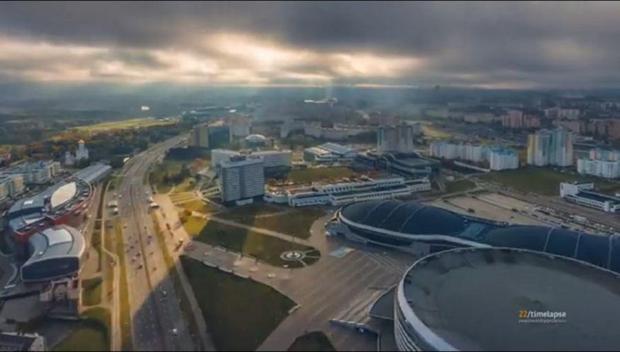 تایم لپس زیبایی از فراز شهر مینسک در بلاروس [تماشا کنید]