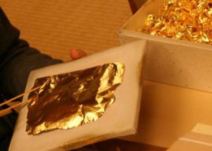 Gold-foil20161005-21116-1w5yn7h-w900-h600