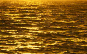 Gold-in-the-ocean-w900-h600