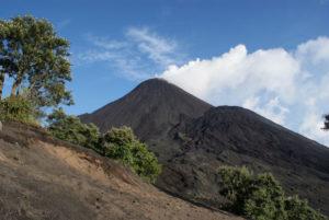 Pacaya Volcano trek, Guatemala 3-w900-h600