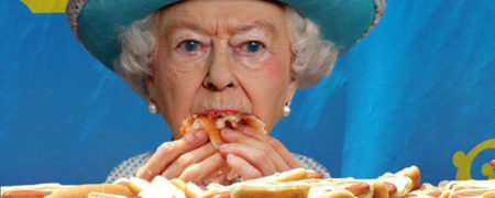 Queen-Elizabeth-in-the-Hot-Dog-Eating-Championship--125821-w700