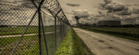 restricted_area___airport_by_hans64_kjz-d3kqtu5-w900-h600