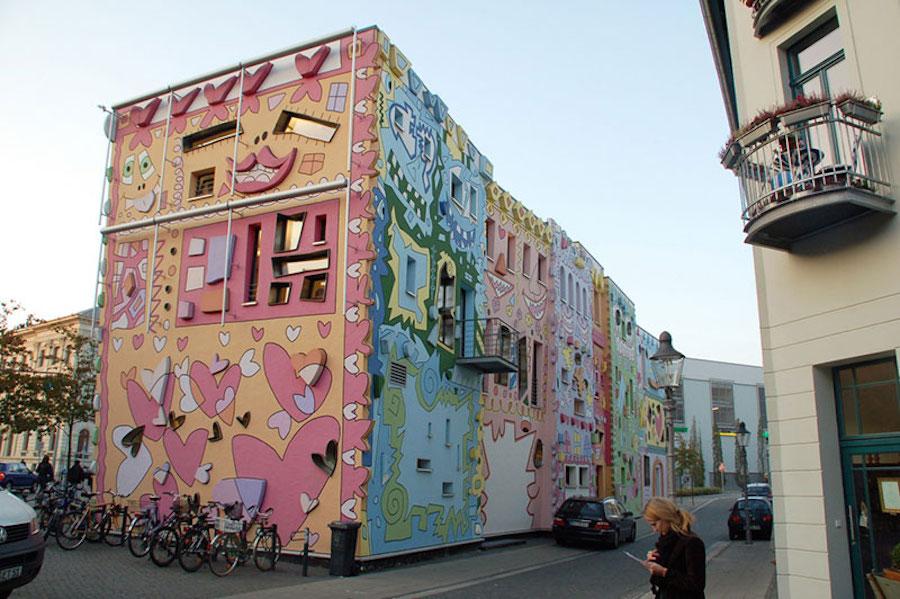 هپی ریتزی؛ ساختمانی در آلمان با نقاشی های کارتونی جذاب و انتزاعی