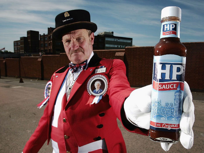 while-her-former-chefs-didnt-mention-condiments-the-likes-of-lea-and-perrins-hp-sauce-and-heinz-ketchup-all-hold-royal-warrants-w700