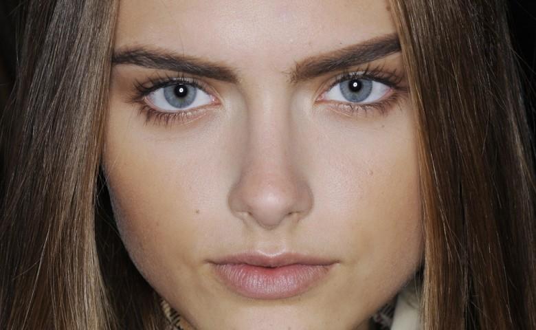 ۱۰ راهکار ساده آرایشی که چشمان شما را درشت تر نشان می دهند