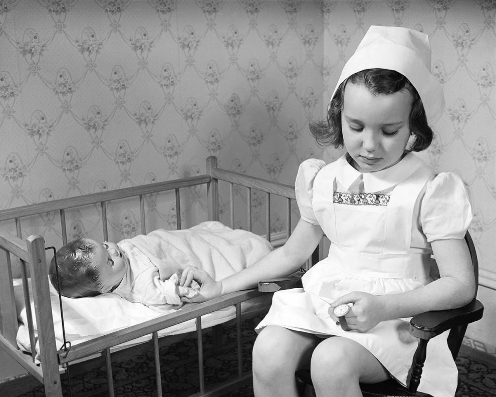 عروسک بیمار - 1945