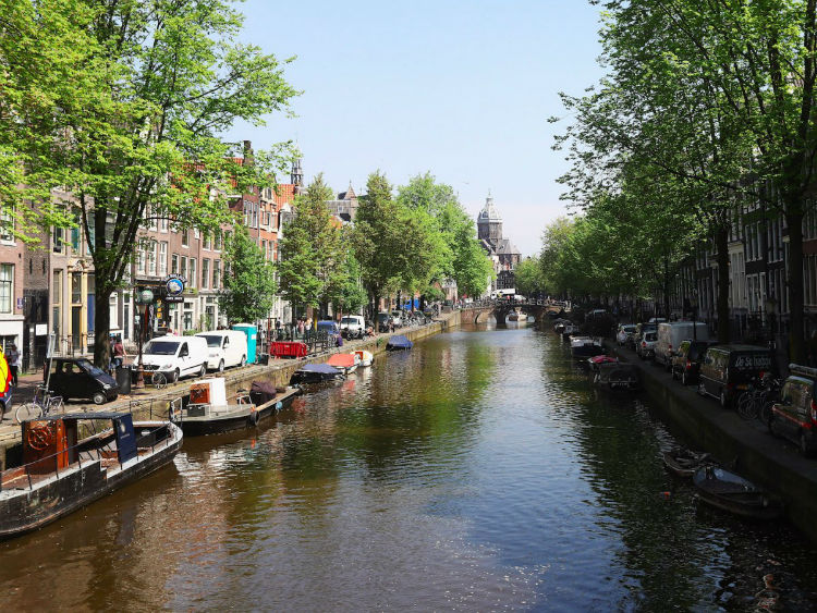 12-amsterdam-netherlands--it-is-one-of-the-financial-centres-of-w750
