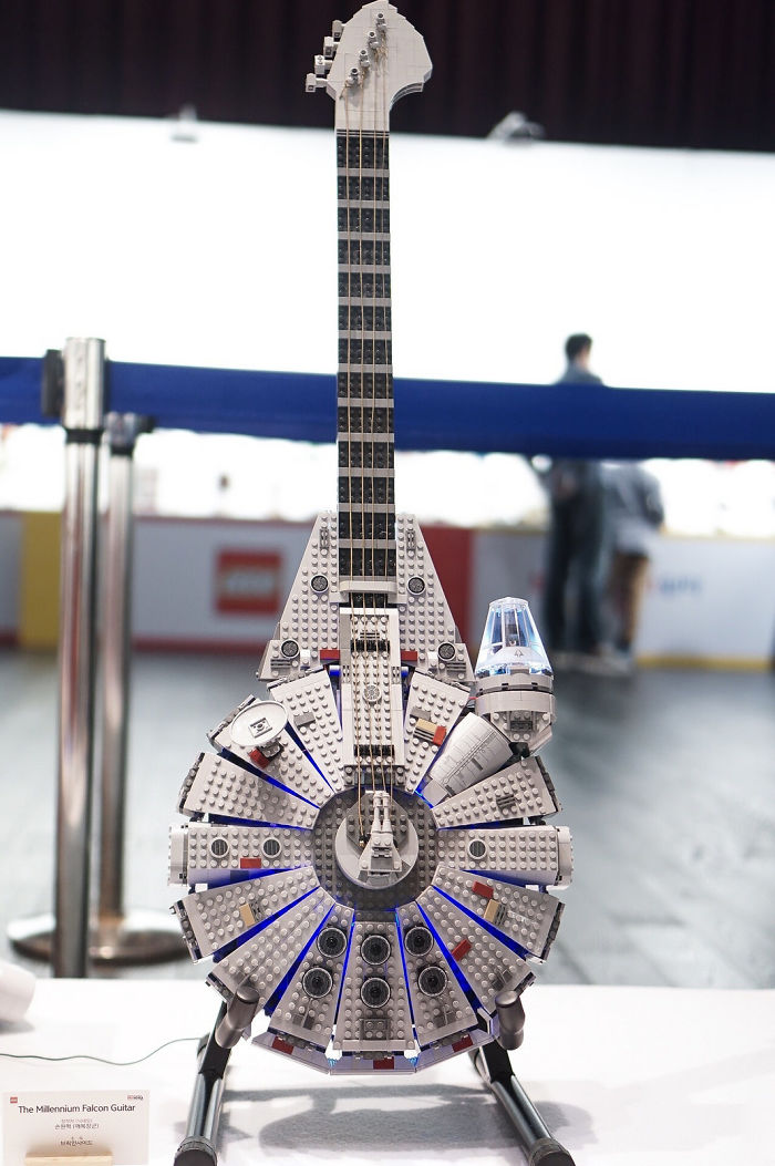 گیتار با لگو