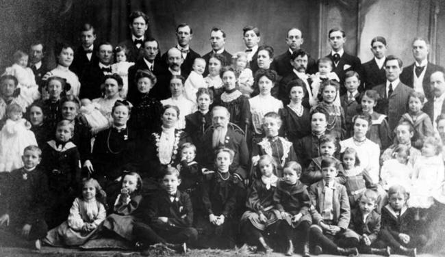 یک زون روسی مجموعا 69 فرزند از یک شوهر داشته: 16 جفت دوقلو، 7 سه قلو و 4 چهار قلو