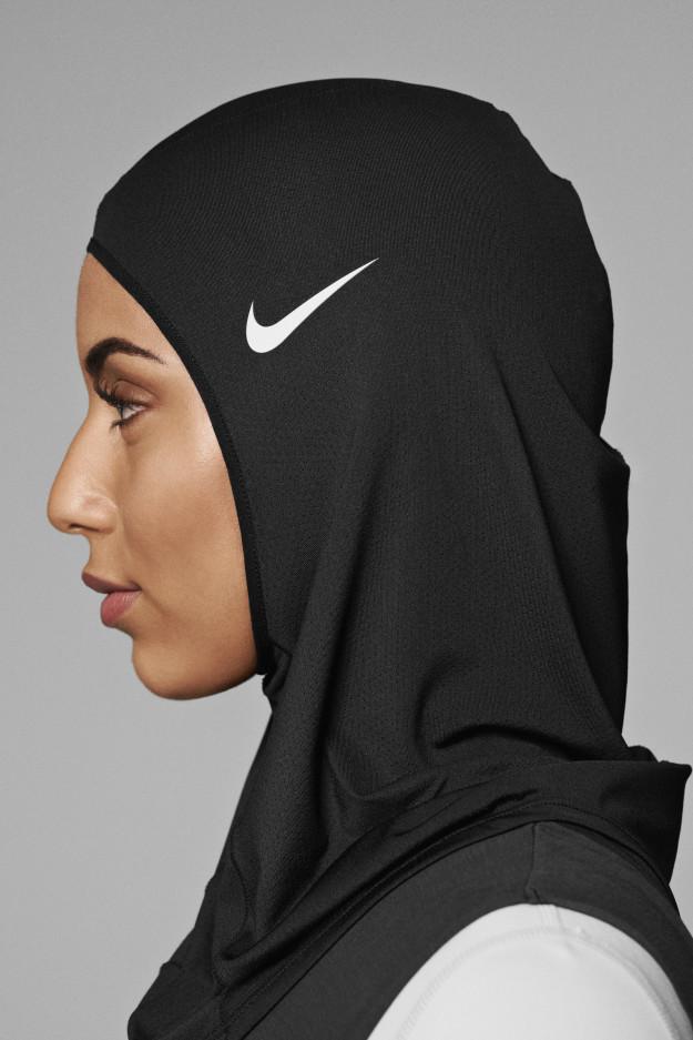 گزارش تصویری, پوشش ورزشی اسلامی, نایکی, لباس زنان ورزشکار, زن ورزشکار محجبه, زن ورزشکار مسمان