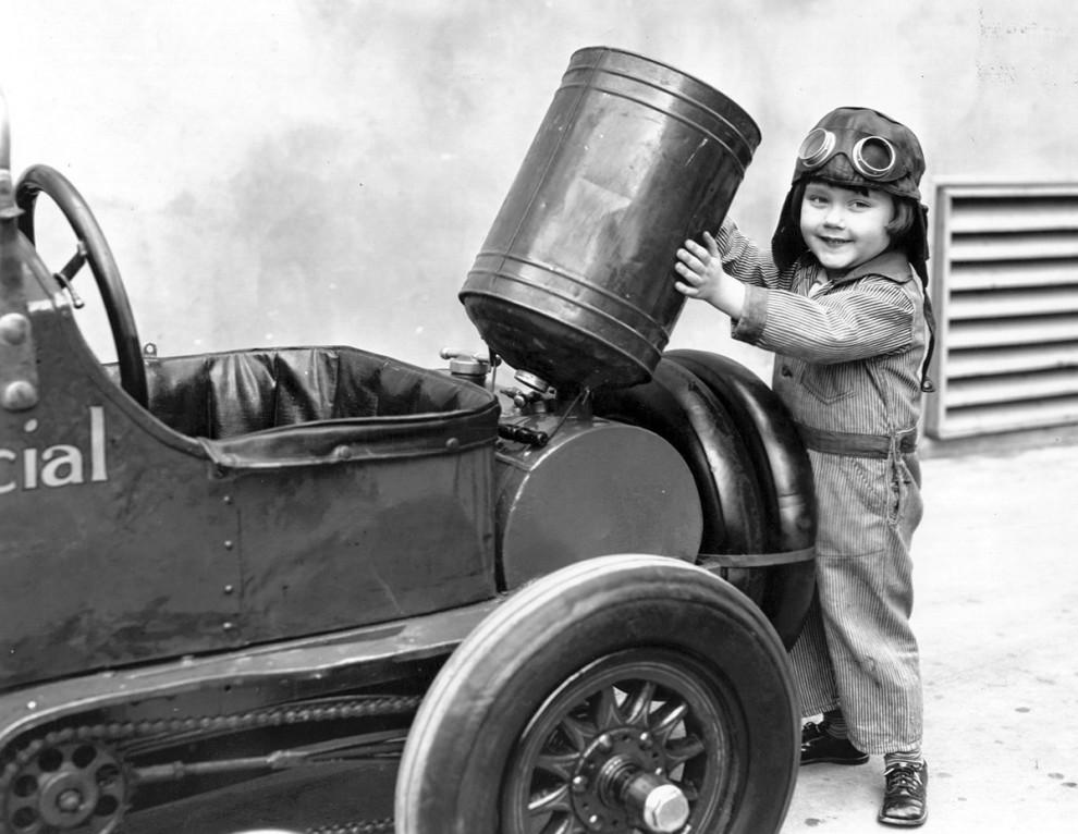 ماشین های گازوئیلی مخصوص کودکان - 1930