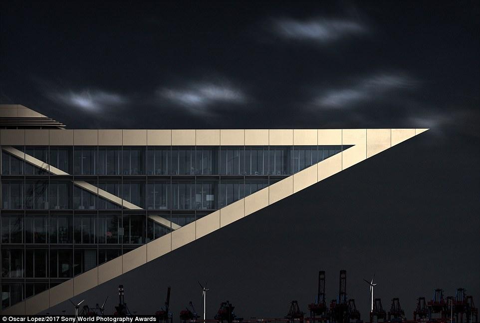 ساختمان داکلند، هامبورگ، آلمان