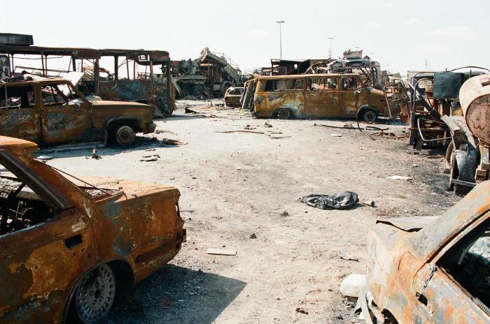 Kuwait-invasion-Highway-of-Death-4106-w700