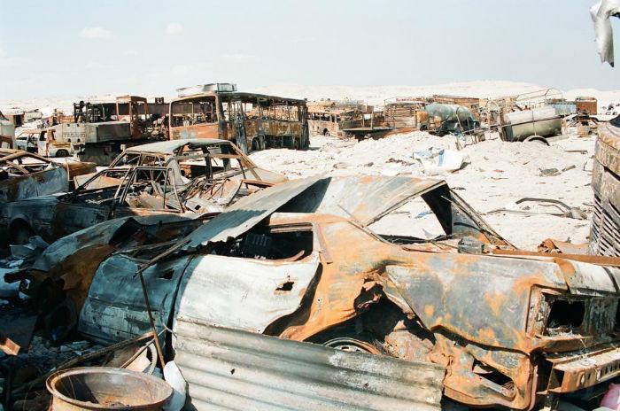 Kuwait-invasion-Highway-of-Death-4108-w700