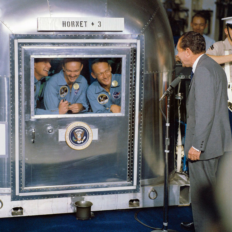 President_Nixon_welcomes_the_Apollo_11_astronauts_aboard_the_U.S.S._Hornet-w750