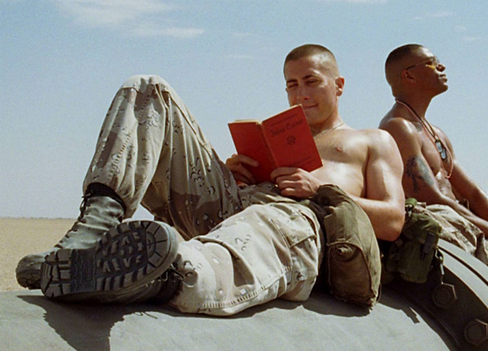 gyllenhaal shirtless jarhead-w700