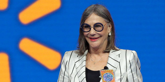 walmart-heiress-alice-walton-is-the-richest-woman-in-the-world-w700