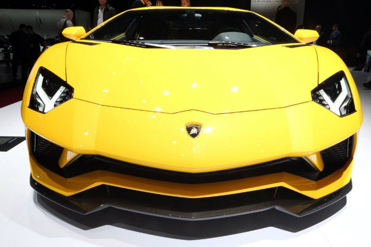 با لوکس ترین و گران قیمت ترین خودرو های سال ۲۰۱۷ آشنا شوید