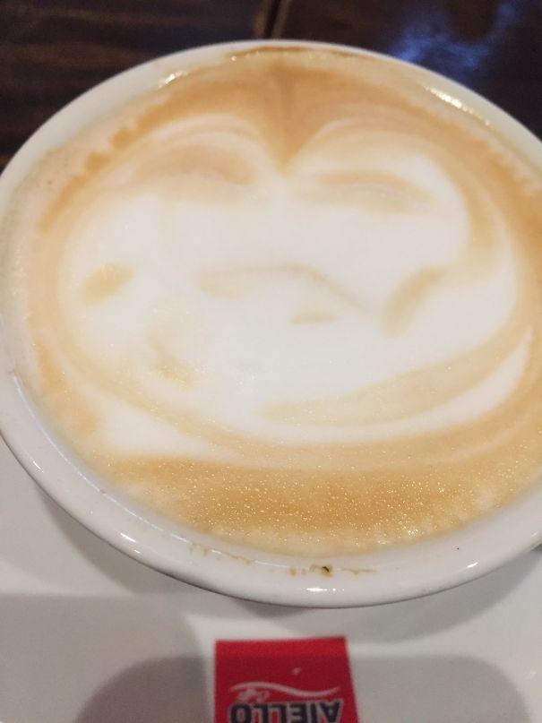 قهوه ای که شبیه شخصیت افسانه ای جنگ ستاره گان است؛ Jabba The Hutt