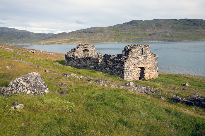 250915-ruins-of-Hvalsey-Church-Greenland-w700
