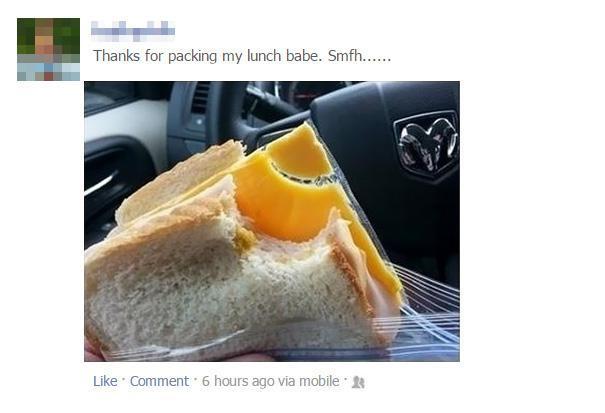 همسر این آقا برایش ناهار درست کرده