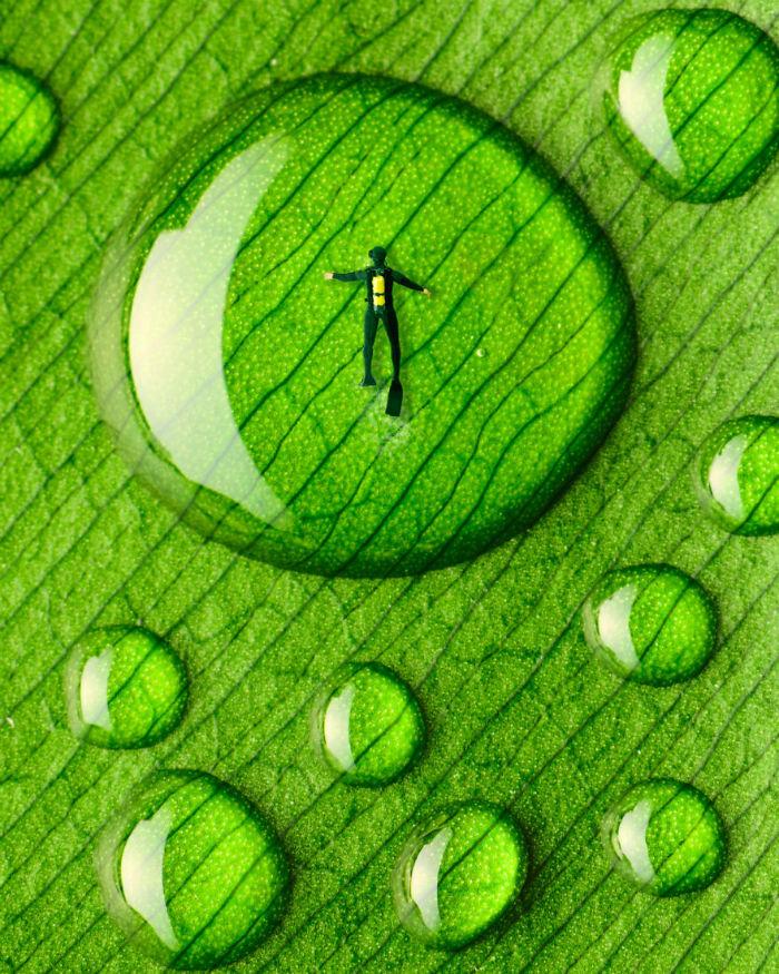 Diver-droplet-2-58fe47e0ea2ab__880-w700