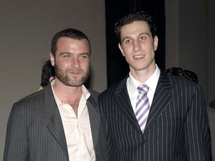 actors-liev-and-pablo-schreiber-are-half-brothers-w700