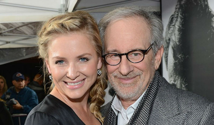 actress-jessica-capshaw-is-director-steven-spielbergs-stepdaughter-w700